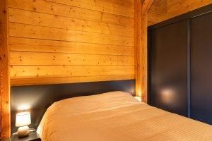 Master Bedroom - Woodland Chalets West