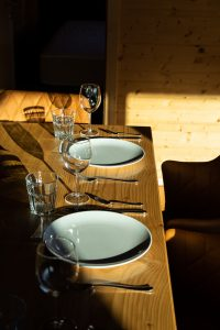 Plates, Glasses & Cutlery - Woodland Chalets West